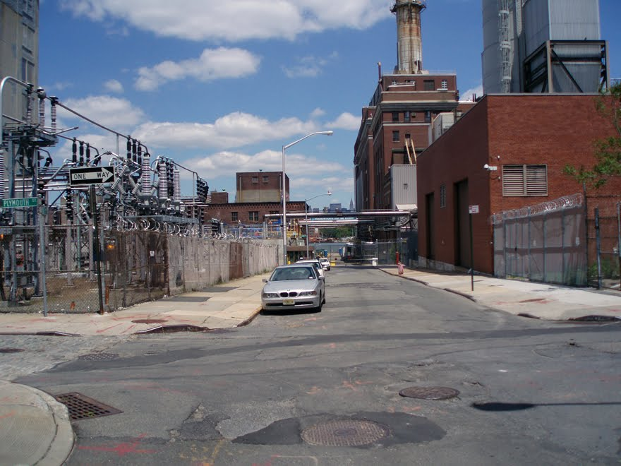 Drone crashes into Brooklyn power plant