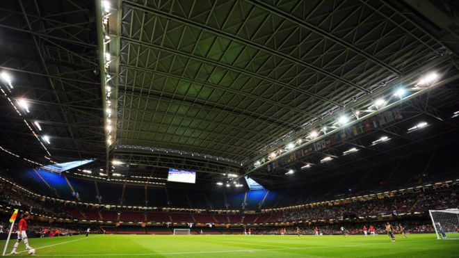 European football stadium closes roof due to drone attack, security concerns